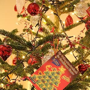 Weihnachtsaktion 'Ihr Geschenk für Frankfurter Kinder' feiert 25. Geburtstag
