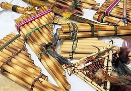 Musikinstrumente aus Naturmaterialien