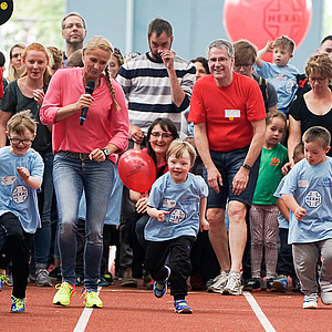 600 Kinder und Jugendliche feiern weltweit größtes Down-Sportlerfestival