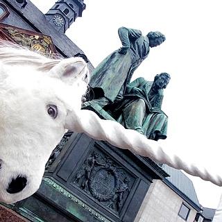 """Vorverkaufsstart im """"Home of the Einhorn"""""""