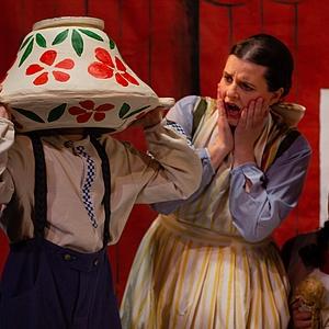 Michel in der Suppenschüssel – Gelungene Premiere im Papageno Musiktheater