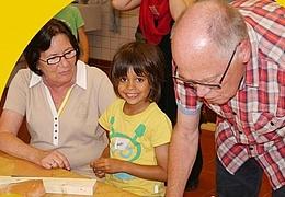 Oma-Opa-Enkel: Ein Haus für die Fledermaus