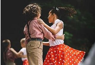 Kreativer Tanz für Kinder von 4 bis 6 Jahren