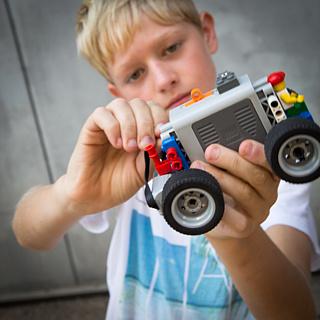 Feriencamp in Frankfurt: Maschinen und Mechanik mit LEGO