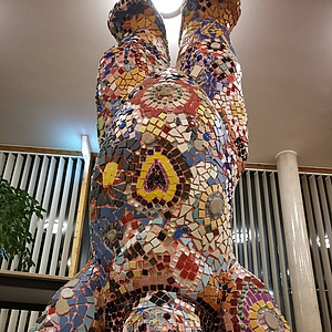 bunter Mosaik-Bär für das Kinderhospiz Bärenherz