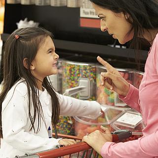 """""""Darf ich das haben?"""" – Einkaufen mit Kindern will gelernt sein"""