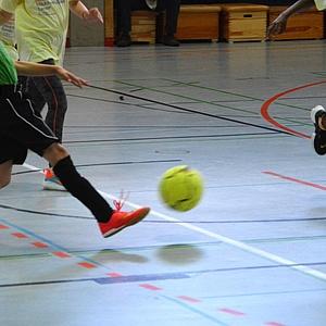 """Spiel, Spaß und Autogramme beim 4. Mädchenfußballturnier """"Gallus bleibt am Ball"""""""