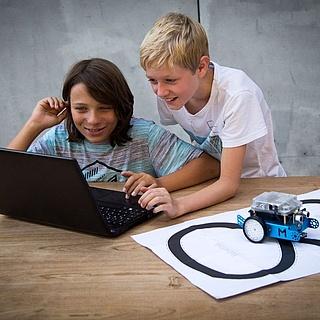 Feriencamp in Frankfurt: Roboter bauen und programmieren mit dem mBot