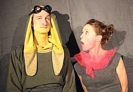 """Theater Herzstück """"Maunz' und Wuffs guter Tag"""""""
