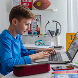 Gratis zum Schulstart: Englischhilfe online