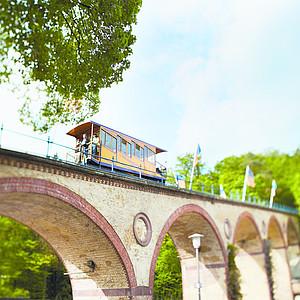 Feiert mit: 130 Jahre Nerobergbahn