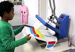 """Workshop """"(Aus)Gemustert"""" T-Shirts neu gestalten"""