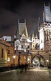 Burg, Villa und Wolkenkratzer