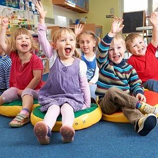 Künftig alle drei Kindergartenjahre beitragsfrei