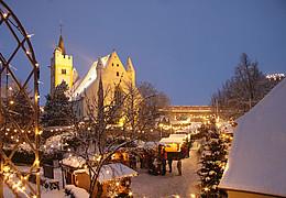 Ingelheimer Weihnachtsmarkt an der Burgkirche