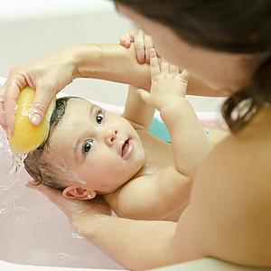 Wie bade ich mein Baby richtig?