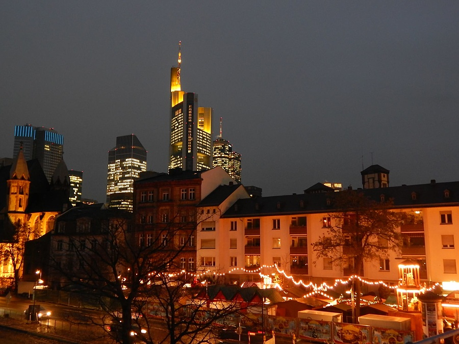 Weihnachtsmarkt Frankfurt Am Main.Entdeckt Die Veranstaltung Frankfurter Weihnachtsmarkt 2015 In